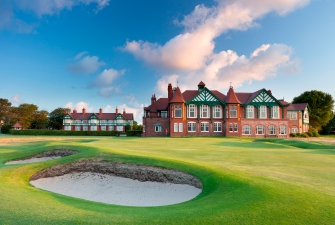 Royal Lytham and St Annes, 18
