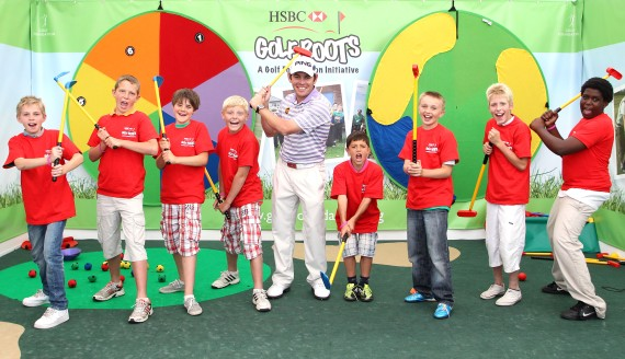 Louis Oosthuizen and Tri-Golf    youngsters 2011.JPG